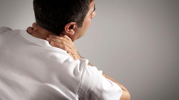 Schmerzhaftes Leiden: Die Nackenstarre.