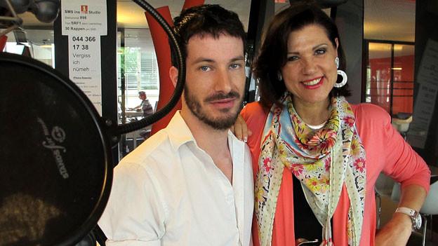 Im Studio: Produzent Georg Schlunegger und Sängerin Maja Brunner.