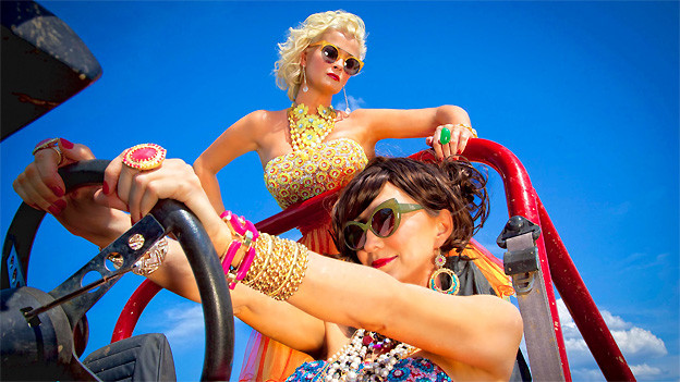 Lorrie Morgan und Pam Tillis als Grits and Glamour.