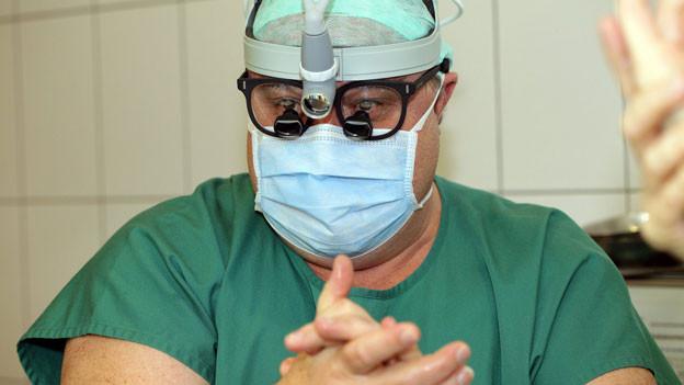 Martin Meuli, Chefchirurg am Kinderspital Zürich, hat die Operation mit Bauchchirurg Pierre-Alain Clavien vom Unispital Zürich durchgeführt.