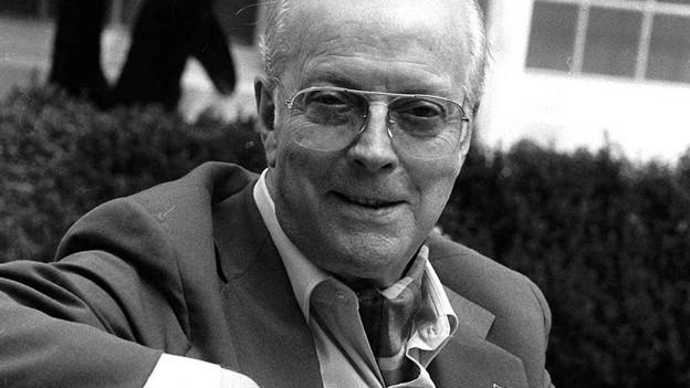 Der britische Schriftsteller Eric Ambler.