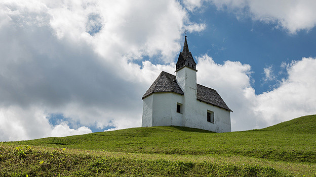 Eine Kapelle im Val Lumnezia bei Vrin im Bündner Oberland.