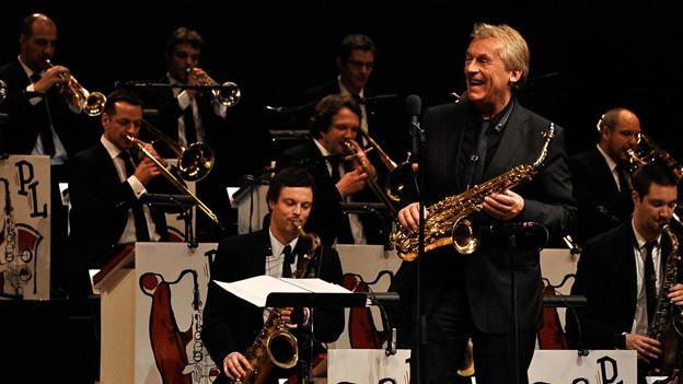 Bigband-Sound: Pepe Lienhard und sein Orchester touren durch die Schweiz.