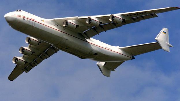 Gross, grösser, riesig! Mit der AN-225 landet in Zürich das weltweit grösste Flugzeug.