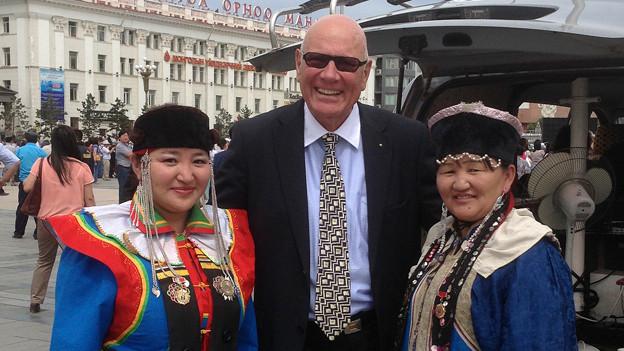 Arnnold Badertscher am mongolischen Nationalfeiertag.