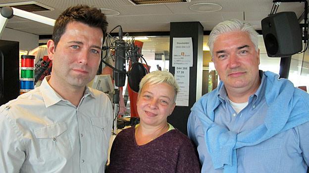 Sprechen über ihr Leben in der Schweiz: (v.l.) Jürgen Klawitter, Ute Siegler und Carl-Christian Anders.