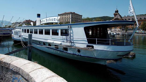 Bald dampft die «Neuchâtel» wieder über die Jura-Seen. Hier im Hafen von Neuenburg.