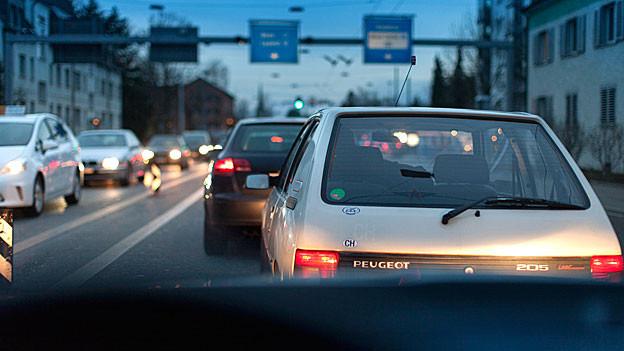 Mit dem richtigen Fahrstil lässt sich Treibstoff sparen.