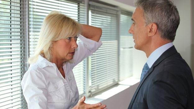 Streit: Aussicht auf Erfolg haben vor allem Paare, die sich um Kompromisse bemühen. Funkstille signalisiert oft ein Beziehungsende.