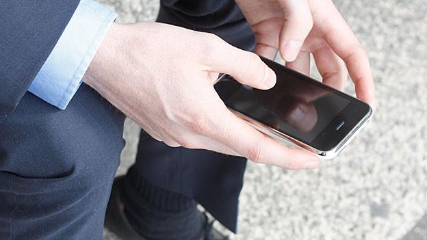 Seit das Smartphone sprechen kann, finden sich Blinde auch ohne Tastatur zurecht.