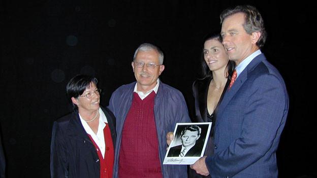 Alessi-Kennedy-Treffen: Valentin Alessi mit seiner Frau Silvia neben dem Neffen von John F. Kennedy und dessen Frau Mary Kennedy Richardson.