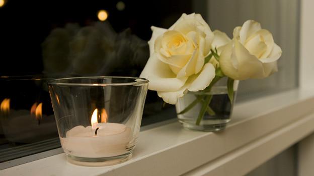 Auch eine einzelne Kerze kann einen warmen Akzent setzen