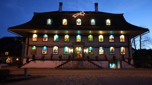 Die Hauptfassade des Gästehauses «Kreuz» in Dürrenroth (BE) letztes Jahr.