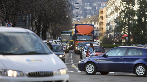 Je komplexer der Verkehr, desto anspruchsvoller ist es für den Autofahrer.