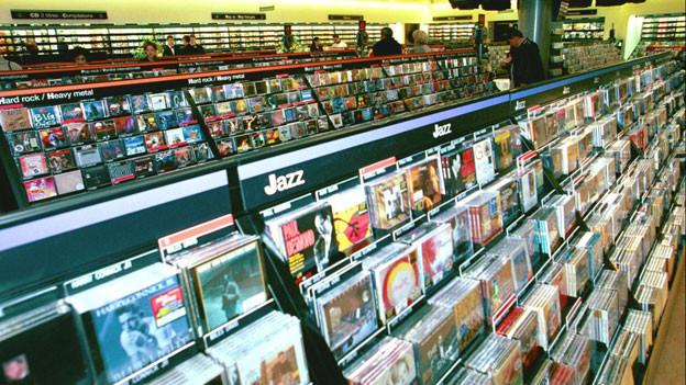 Im Dezember verkauft die Musikindustrie etwa doppelt so viele Tonträger wie in anderen Monaten.