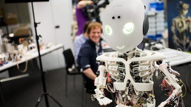 Forschung an der Universität Zürich: «Roboy» kann intelligent auf Fragen antworten.