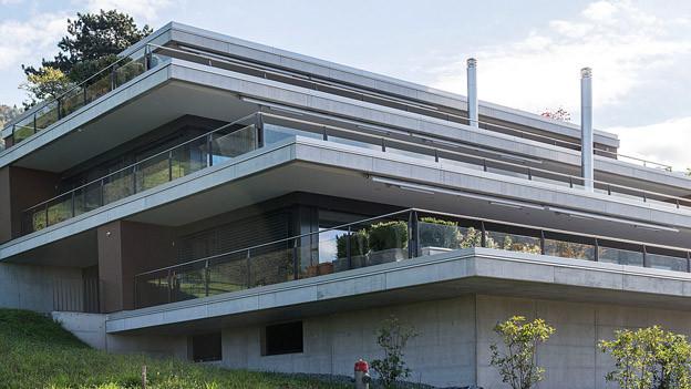 Bei neuen Terrassenwohnungen können die einzelnen Stockwerke oft als Stockwerkeigentum erworben werden.
