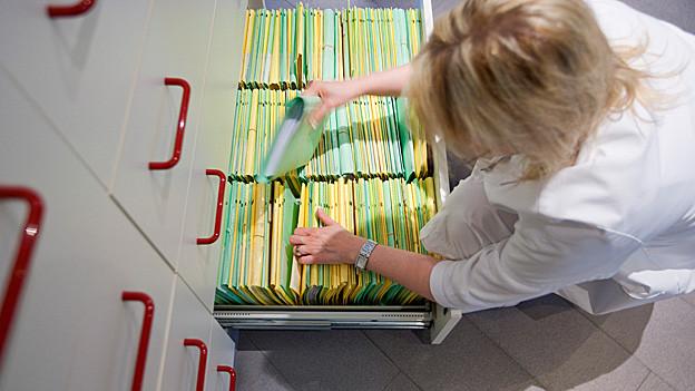 Idealerweise beinhaltet eine Krankenakte auch Informationen über den Krankheitsstammbaum eines Patienten.
