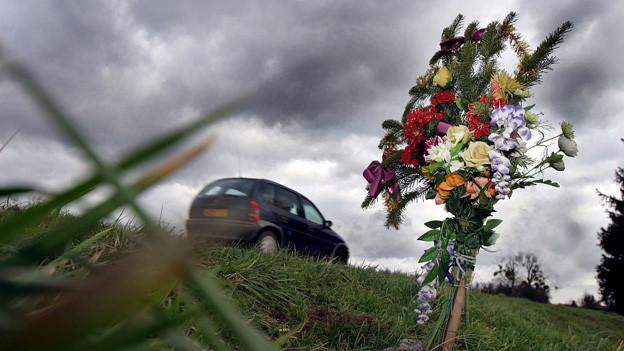 Aus dem Leben gerissen: Bei Verkehrsunfällen ist es besonders schwierig, den Betroffenen die traurige Nachricht zu überbringen.