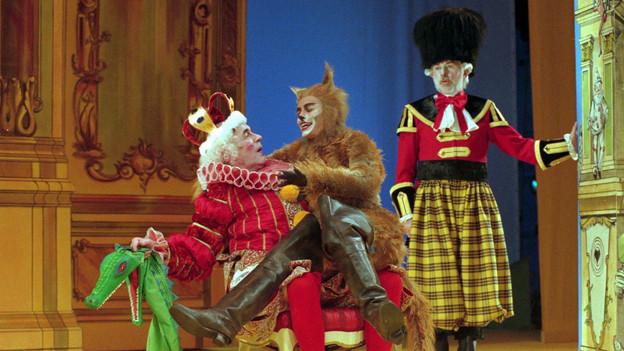 «Der gestiefelte Kater» der Gebrüder Grimm in einer Inszenierung am Stadttheater Bern.