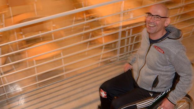 Stefan Keller im Rollstuhl.