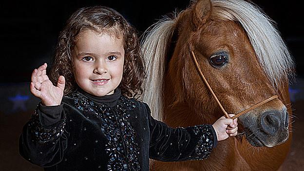 Chanel Marie mit Pony.