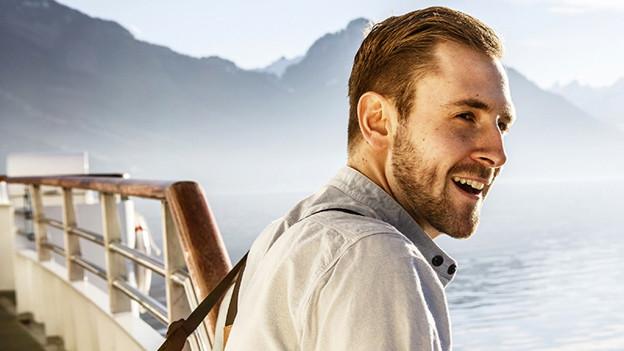 Der Luzerner Musiker Kunz auf einem Boot.