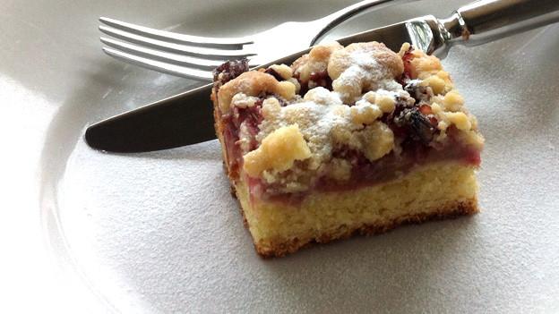 Rhabarber-Kuchen mit Streuseln