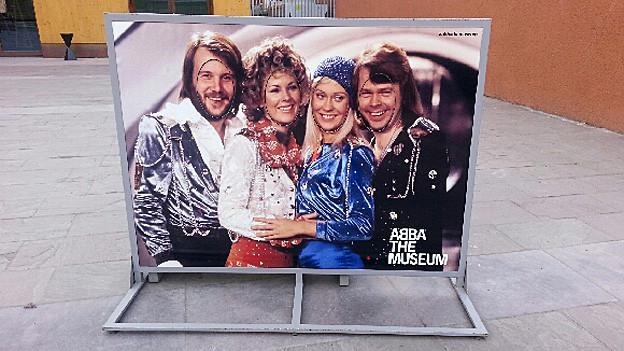 Stellwand vor dem Abba-Museum.