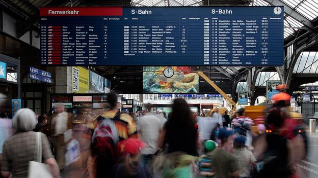 «Fallblattanzeige» im Zürcher Hauptbahnhof