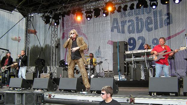 Die Band auf der Bühne.