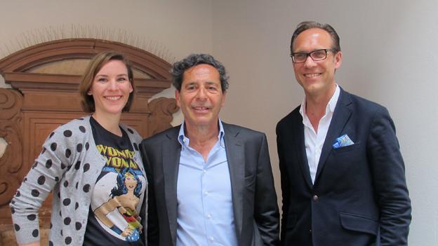 Gastgeber Christian Zeugin mit Caroline Fux und Roger Schawinski.