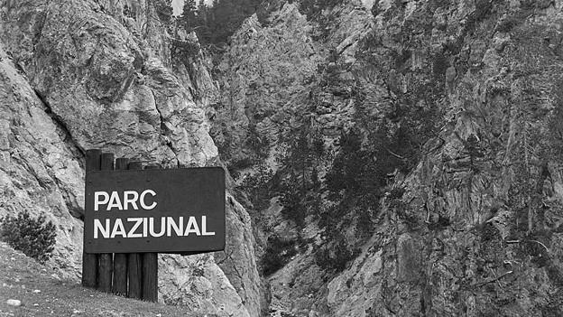 Archivfoto des Nationalpark-Schilds von 1985.