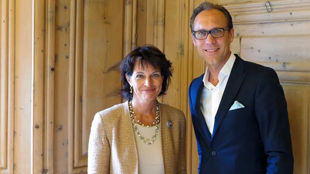 Bundesrätin Doris Leuthard und Moderator Christian Zeugin.