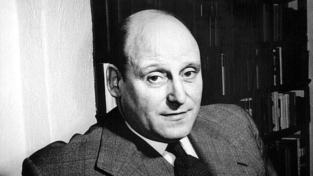 Der britische Schriftsteller Francis Durbridge wurde in den 60er Jahren mit seinen Paul Temple Krimis bekannt.