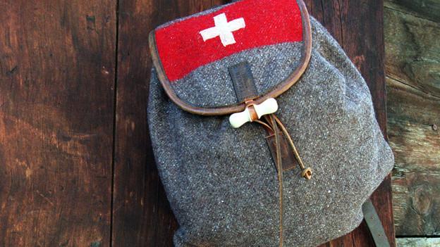 Rucksack an Hütte