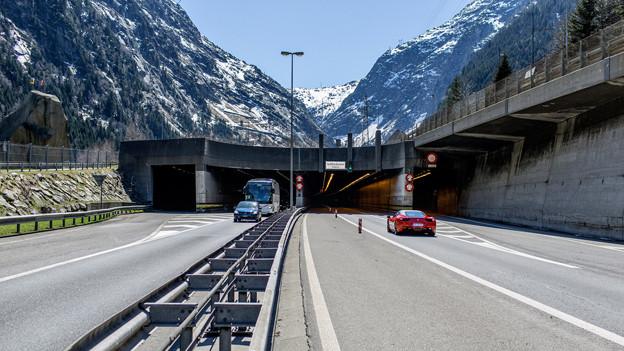 Blick auf den Gotthard-Tunneleingang.