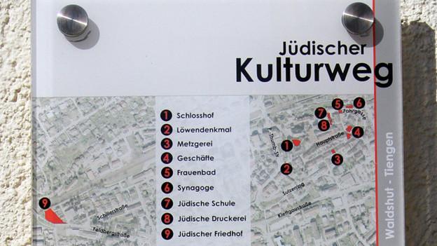 Schild: Jüdischer Kulturweg.