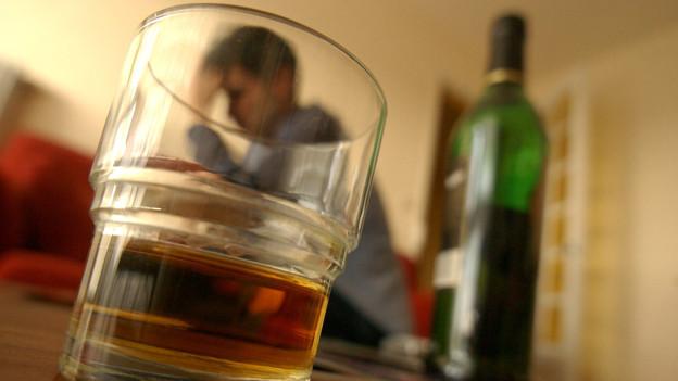 Kontrolliertes Trinken statt Abstinenz. Neue Pille machts möglich.