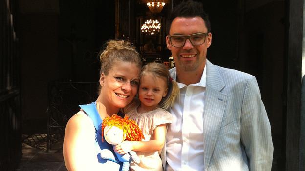 Pascal Winkler mit Frau und Tochter.