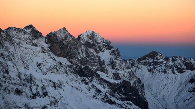 Der Sonnenaufgang mit den Engelberger Alpen