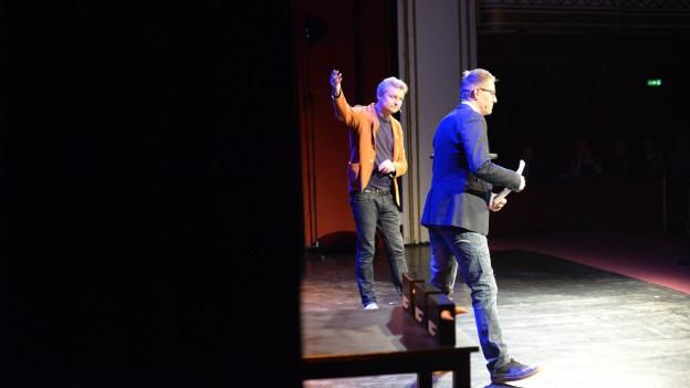 Bühne frei für den Schweizer Preisträger Bänz Friedli