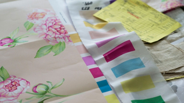 Stoff in Textildruckerei.