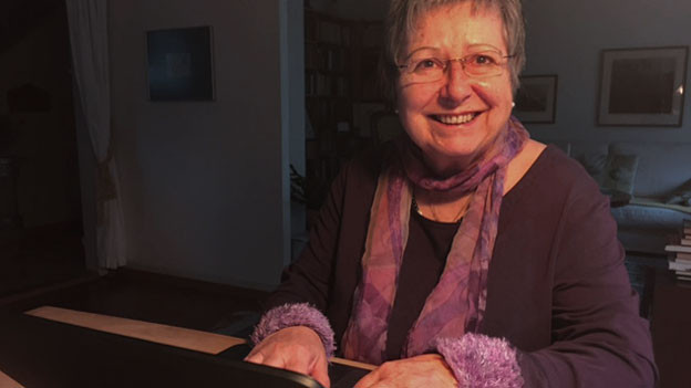 Marlies Begert: Erst mache ich mir Notizen und erst dann tippe ich die Geschichte in den Laptop