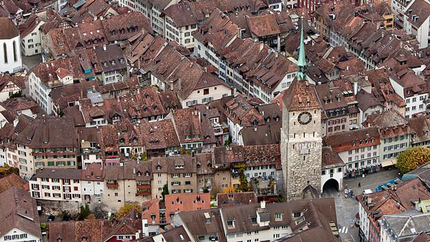 Blick von oben auf die Altstadt von Aarau.
