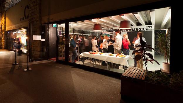Leute im «Impact Hub» in Zürich.