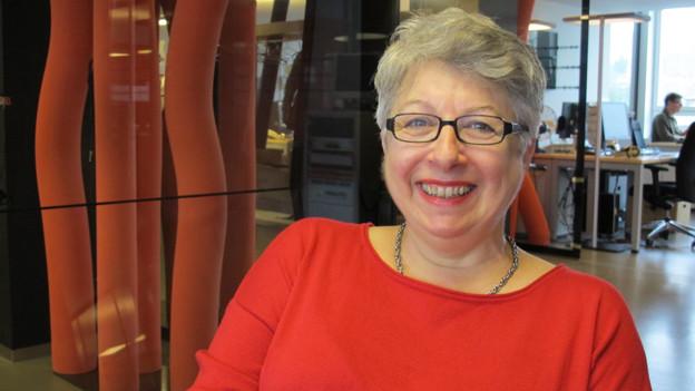 Porträt von Sylvia Locher.