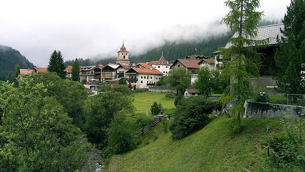 Blick auf das Bergdorf Bergün.
