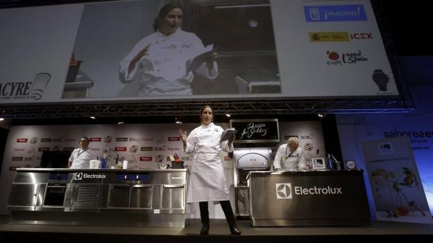 Elena Arzak auf der Bühne.