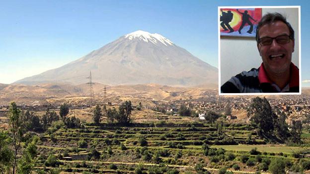 Andreas Zumbach vor Landschaft in Peru.